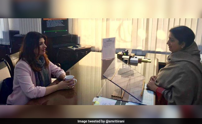 Smriti Irani 'Delighted' To Meet Twinkle Khanna And Discuss PadMan