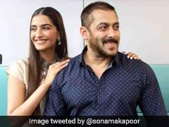 "Happy Birthday Salman Khan: ""<I>Tum Jio Hazaaro Saal</i>,"" Wish Sonam Kapoor, Shah Rukh Khan And Others"