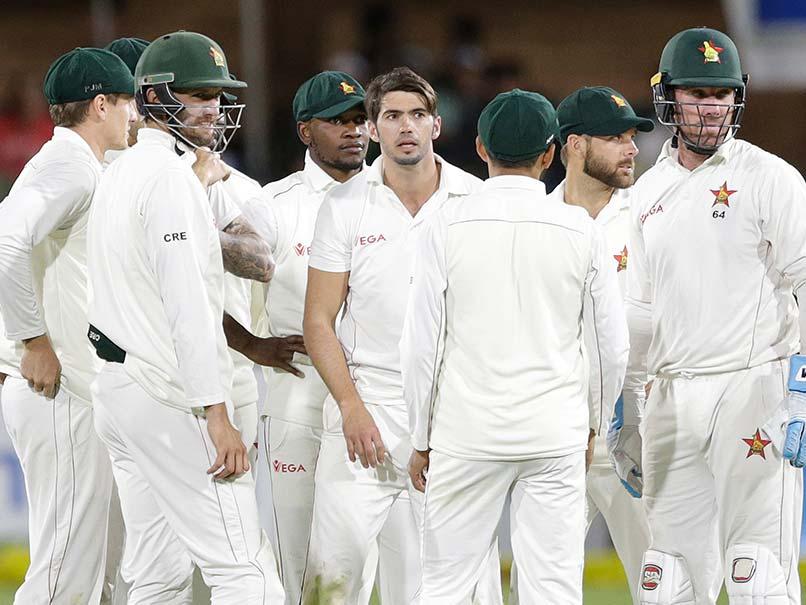 Quinton De Kock Suffers Hamstring Strain During Zimbabwe Test