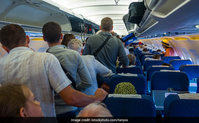 Video: She Was Made To Stop Smoking On Plane. Then All Hell Broke Loose