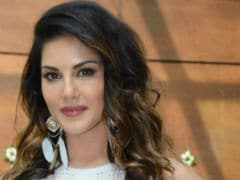 Sunny Leone Makes Tamil Debut With <I>Veeramadevi</i>. Posts Update