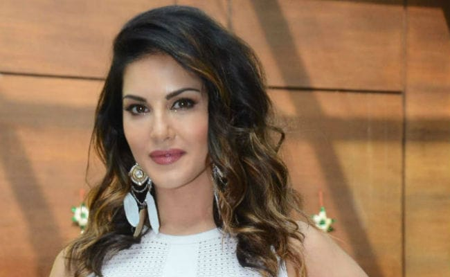 Sunny Leone Makes Tamil Debut With Veeramadevi Posts Update