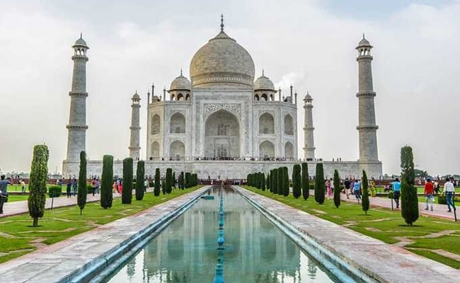 Government To Cap Visitors To Taj Mahal At 40,000 Per Day