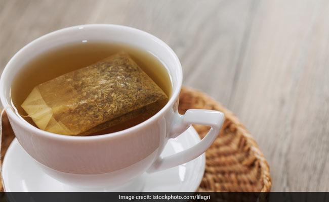 पीते हैं ऑफिस की चाय तो हो जाएं सावधान, दे सकती है बीमारी को बुलावा