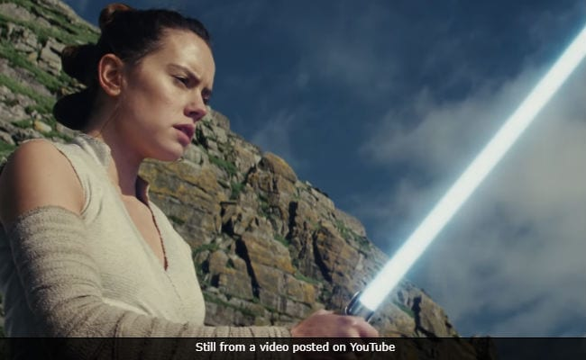 The Hype Reawakens: Star Wars Stages The Last Jedi Premiere