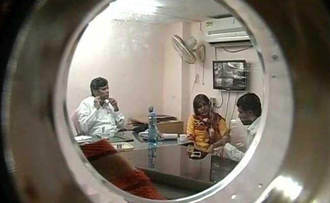 पैदा होने से पहले ही तय हो जाती है लड़कियों कीमत, हैदराबाद में बच्चों की तस्करी करने वाले गिरोह का पर्दाफाश