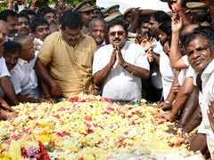 TTV Dhinakaran Wins RK Nagar; AIADMK Alleges 'Tacit Pact' With DMK