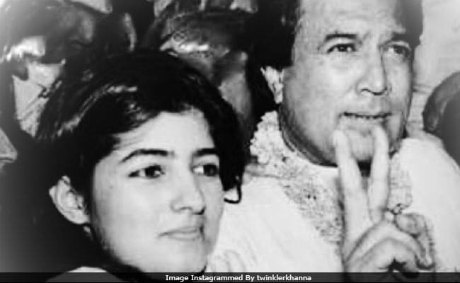 On Shared Birthday, Twinkle Khanna Posts Old Pic With Dad ...