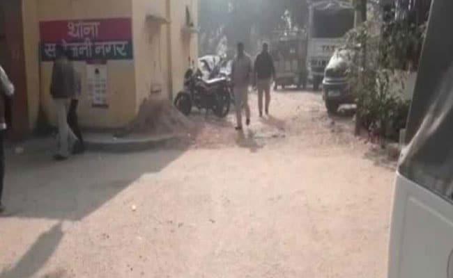 उत्तर-प्रदेश में कैंसर पीड़ित लड़की से दो युवकों ने किया गैंगरेप, फिर जिससे मांगी उसने भी लूटी इज्जत