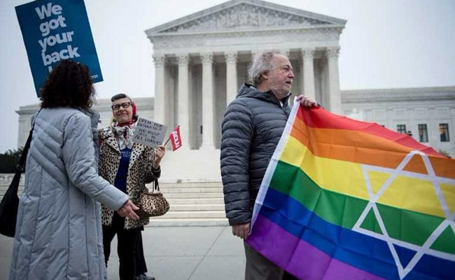 US Supreme Court Hears 'Gay Wedding Cake' Case