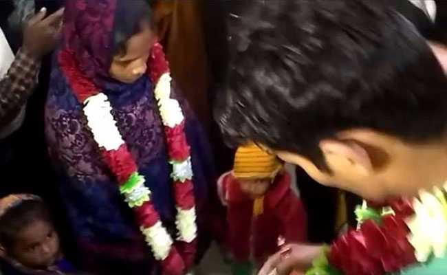 बिहार : पति ने पत्नी की शादी उसके प्रेमी से करा दी, दो बच्चे भी सौंप दिए