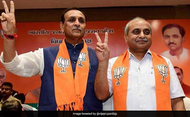 Vijay Rupani takes oath as Chief Minister of Gujarat