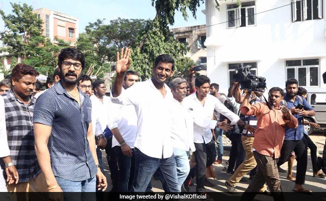 Not Supporting Anyone: Actor Vishal On RK Nagar By-Election