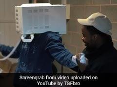 मजाक करना पड़ा महंगा, सीमेंट डालकर सिर डाला माइक्रोवेव में, देखें ये हैरान करने वाला वीडियो
