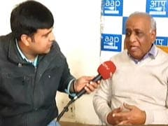 AAP Leaders Meet Police Commissioner; Demand FIR Against Manoj Tiwari