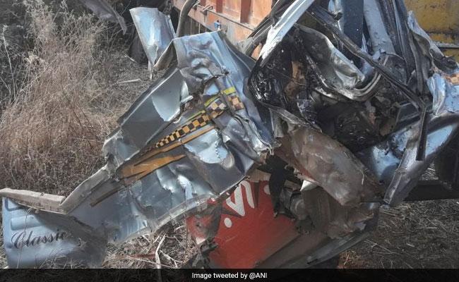 महाराष्ट्र :  सड़क दुर्घटना में 6 की मौत 5 घायल, मृतकों में 4 पहलवान भी शामिल