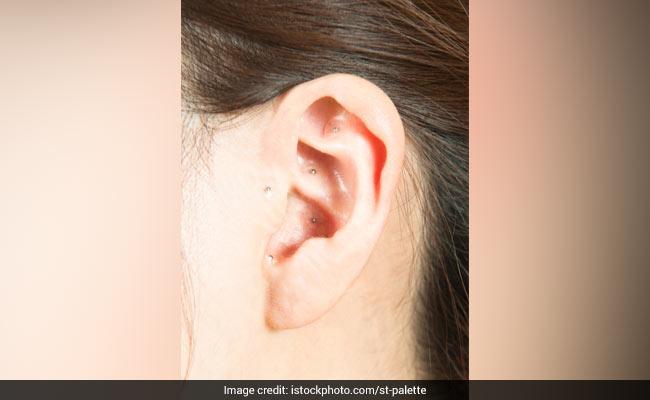 कान के पास है एक ऐसा प्वॉइंट, जिसे दबाने से भाग जाता है मोटापा