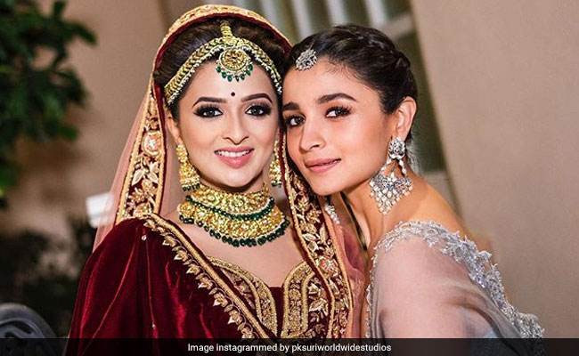 Alia Bhatt Looking Stylish At Her Bff S Wedding Is All Sorts Of Goals