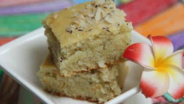 एगलेस बादाम और काजू केक