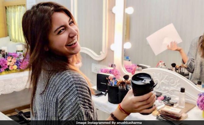 Anushka Sharma Is Back At Work, Starts Shooting For Zero With A Smile. Pic Here