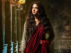 Anushka Shetty Welcomes New Year With This <I>Bhaagamathie</i> Poster