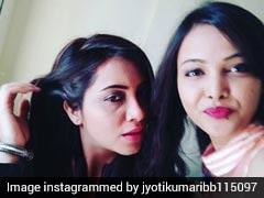 बिग बॉस की सीधी-सादी ज्योति हो गई बिंदास, अर्शी खान के साथ कुछ यूं की मस्ती, Video हुआ Viral