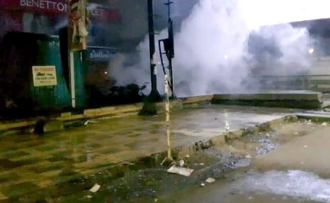 'पद्मावत' पर हिंसा: अहमदाबाद में आगजनी, जयपुर में चक्का जाम, 200 अरेस्ट