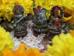 Basant Panchami 2019: जानिए क्यों करते हैं सरस्वती पूजा, पढ़ें इससे जुड़े कुछ रोचक रिवाज