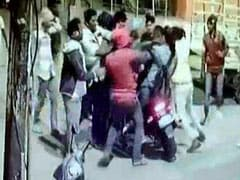 Drunk Bengaluru Mob Seen Hitting 2 Men On Bike In Viral Video