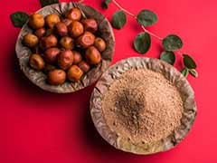Basant Panchami 2018: Why Do Bengalis Refrain From Eating Ber (Jujube) Fruit Before Saraswati Puja