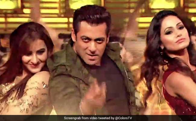 Bigg Boss Finale में शिल्पा शिंदे बनीं 'नागिन', सलमान खान ने इनका किया 'स्वैग से स्वागत'
