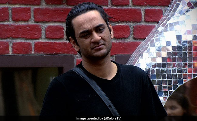 Bigg Boss 11: Vikas Gupta Thinks He's 'Losing Ground' To Hina Khan, Shilpa Shinde