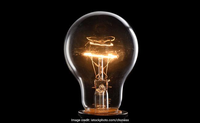 रवीश कुमार का ब्लॉग : न्यूटन, डार्विन के बाद अब बारी एडिसन की, सूर्य ही आदि-बल्ब हैं