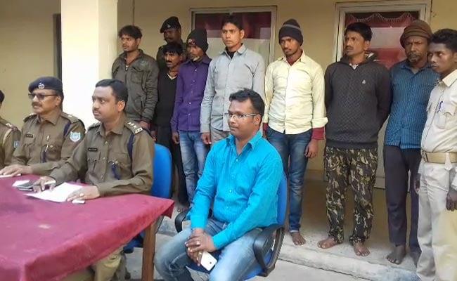झारखंड के गिरिडीह में तस्करी को जा रहे 108 मवेशी जब्त, सात गिरफ्तार