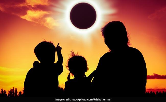 Surya Grahan 2018: ग्रहण को देखने से हो सकता है 'रेटिनल सनबर्न', इन 5 टिप्स से बचाएं अपनी आंखें