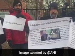 """Chappal Chor Pakistan"" Protest In US Over Kulbhushan Jadhav Family Visit"