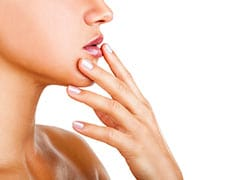 7 Ways To Stop Chapped Lips From Ruining Winter