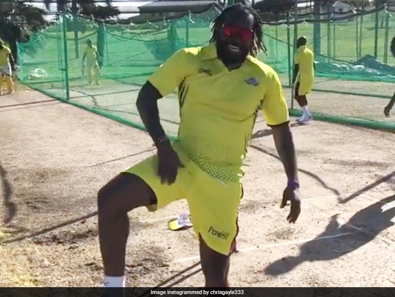 Watch: Gayle Performs