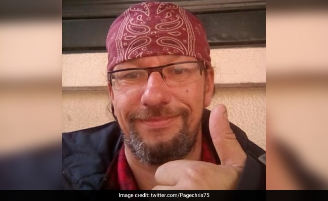 Down But Not Out: French Homeless Man Takes Twitter By Storm