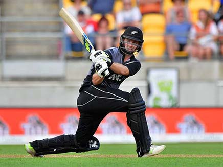 1st T20I: Colin Munro Stars In New Zealand