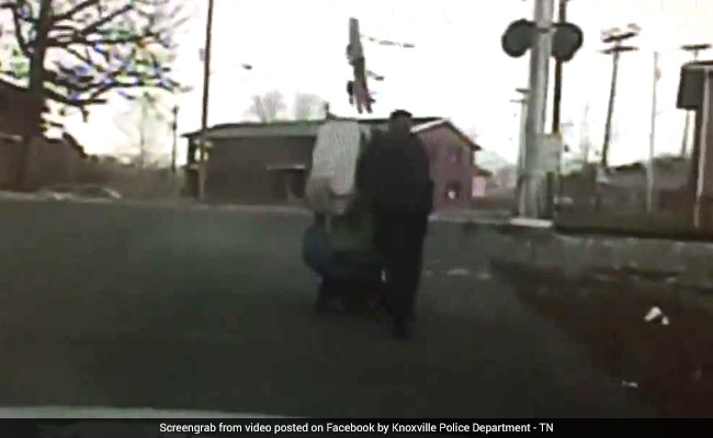 Watch: Cop Helps Stranded Wheelchair-Bound Woman Get Home