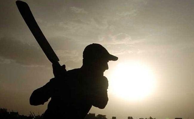 नवी मुंबई में स्थानीय क्रिकेट मैच के दौरान 14 साल के लड़के ने बनाए नाबाद 1045 रन