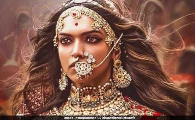 Deepika Padukone Underlines That 'Padmaavat' Doesn't 'Endorse Jauhar'