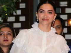 'Deepika Padukone Is Beautiful, Cameras Love Her,' Says Vishal Bhardwaj