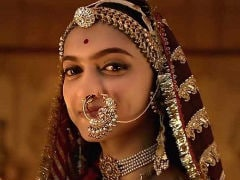 """""""<i>Padmaavat</i>"""": Deepika Padukone's Parents 'Brimmed With Pride' After Watching Film"""
