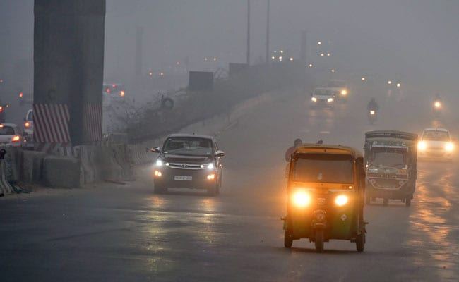 Delhi Welcomes New Year With 7 Degree Temperature; Air Quality 'Severe'