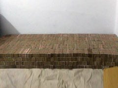 'Bed Of Cash': Nearly Rs 100 Crore In Banned Notes At Kanpur Home