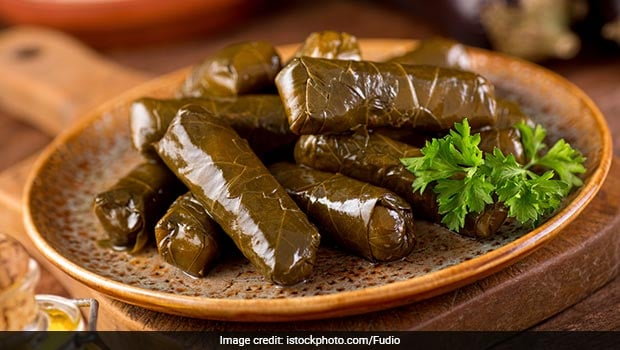 dolmades greek