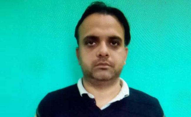 दिल्ली पुलिस ने फर्जी डिग्री गिरोह का किया पर्दाफाश किया, मास्टरमाइंड फरार