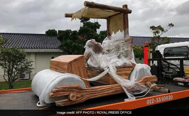Yabba Dabba Doo! Malaysian Sultan Gets Working Flintstones Car
